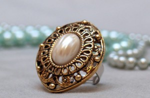 Appreciate old buttons? Have vintage earrings without hope of finding their partner? Make them into fun cocktail rings!