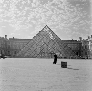 "The Louvre (from ""The Museum Series""), 2006–present Digital chromogenic print. Courtesy the artist and Jack Shainman Gallery, New York"