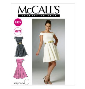 McCall's 6462 - This is SUCH a fun pattern! It's super fun, flattering and crazy simple to make!